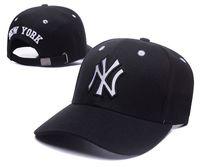 Wholesale Cheap Baseball Gifts - 2017 HOT Sport KNIT MLB NEW YORK METS Baseball Club Beanies Team Hat Winter Caps Popular Beanie Wholesale Fix Cheap Gift Present