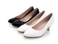 ayakkabı beyaz ofis toptan satış-Siyah Kadın Ayakkabı Pompaları Bayanlar Orta Topuk Çıplak Seksi Yüksek Topuklu Düğün Ayakkabı Kızlar için Kadınlar Ofis Beyaz Pompalar DH65