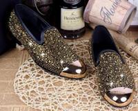 2017 moda uomo scarpe punta rotonda appartamenti tacco partito scarpe da  sposa Bassa bocca superficiale di scarpe casual da uomo in oro nero diamante  piatto ... 5a91b66b845