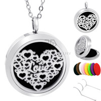Wholesale Love Magnetic Necklace - Round Silver Heart Love 30mm Stainless Steel magnetic locket Essential Oil Diffuser Perfume Locket Pendant Necklace