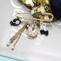 Wholesale Brooch Shoes Ship - Free Shipping Cute European Lady Women Brooches Beauty Alloy Charm Hat High-heel Shoes Chains Gold Pin Brooch Accessories Sale