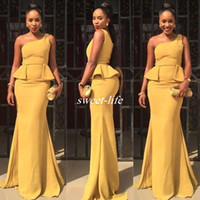vestidos formales peplum al por mayor-Estilo africano 2020 Narciso Satén Un hombro Sirena Vestidos de dama de honor Sexy Peplum Vestidos largos de boda formales Vestido de noche por encargo