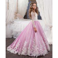 vestidos rosa fúcsia meninas venda por atacado-Comunhão Vestidos Branco e Roxo Mangas Compridas Encantador Lace Appliques Princesa Comunhão Vestidos Pageant Vestidos de Baile Para As Meninas