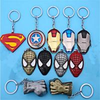 anéis superman para homens venda por atacado-Superhero Vingadores Chaveiro Saco Pendurado Chave Anéis Brinquedos Homem De Ferro Superman Spiderman Chaveiros de Liga de Zinco Presente para Crianças DHL Livre