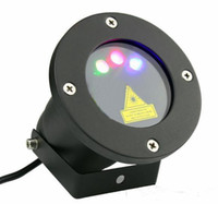 lasers d'extérieur vert bleu rouge achat en gros de-Projecteur à LED extérieur avec projecteurs laser (rouge + vert + bleu) Projecteur de lumière laser de Noël Firefly pour jardin AC 110-240V + télécommande