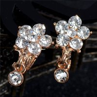 Atacado Atreus Atacado 1Pair Gold Color Flash Flower Shape Austrália Rhinestone Clear Crystal Women's Fine Hoop Earrings Wholesale