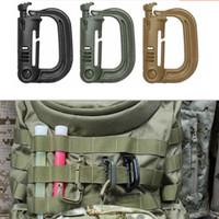 anneaux en plastique achat en gros de-Gros-1 PC Molle Tactical Backpack Mousqueton En Plastique EDC Manille Mousqueton Pratique ABS Snap D-Ring Clip Porte-clés Anneau De Verrouillage