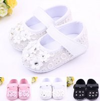 black baby bedding - Fashion With six small flowers shoes first step neonatal soft soles baby bed shoes baby girl princess shoes