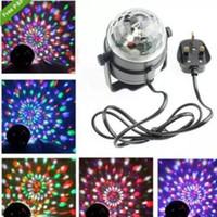 iluminação do palco rasha venda por atacado-Remoto mini cristal lâmpada bola mágica RGB 3 w LEVOU Luz Do Estágio Mini Cristal Bola Mágica Lâmpada Efeito de Iluminação de Palco Disco Club Lamp Controle Remoto