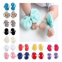 Wholesale Baby Flower Tie Shoes - Baby Foot Tie Kids Sandals Newborn Baby Shower Gift Summer Infant Toddler Shoes Baby girls feet flower