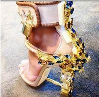 sandales à talons hauts en nubuck achat en gros de-Été De Luxe Designer Chaussures Femme En Métal À Talons Hauts En Cristal PVC PVC Sandales Gladiator Cadenas Bejeweled Strap Cheville Strass Sandale