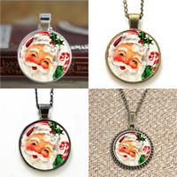 boucles d'oreille santa achat en gros de-10 pcs Santa Claus Vintage Noël Santa pendentif en verre Photo Collier porte-clés signet bouton de manchette boucle d'oreille bracelet