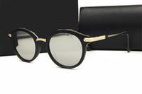 Wholesale famous world - World famous brand Outdoor Eyewear vintage Sunglasses lady women femal black shades Fashion Retro with box