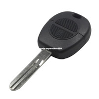 2 boutons Remote Flip Fob Car Key Shell Stying pour Nissan Micra Almera Primera X-Trail Remplacement Uncut Blade Car Key Case Cover