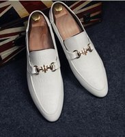 Wholesale Men White British Shoe - fast shipping Fashion Pointed Toe Men Leather Shoes Breathable Slip On White Male Wedding Flats Shoe British Style Man Oxford Loafers 1615