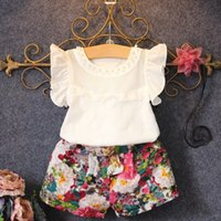 Wholesale Flying Pearl - 2017 Children's pearls hollowed out air net flying sleeve tops+Floral Shorts Set kids girls two piece suit