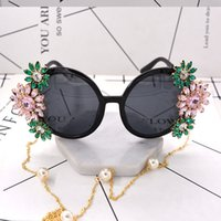 Wholesale Pearl Frame Round - New Arrival Fashion Baroque Retro Sunglasses Crystal Flower Pearl Chain Decoration Summer Beach Sun Glasses Personalized Accessories