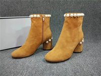 Fashion Designer Pearls Booties pour femme Talons lourds Cuir en daim New Fall Winter T Show Street Booties