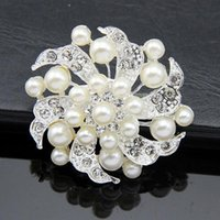 Fashion Silver Plated Wholesale 12PCS / lots Lovely Crystal And Faux Pearl Broche Pins Jewelry Livraison gratuite