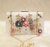 libellenschmuck für großhandel-Mode Perlen Braut Handtaschen Mit Blumen Libelle Kupplungen Für Hochzeit Schmuck Prom Abendgesellschaft Tasche 20 CM * 15 CM