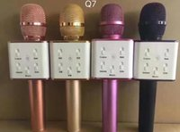 ingrosso microfoni wireless oro-Microfono portatile Q7 Bluetooth KTV wireless con altoparlante Microfono microfono Altoparlante portatile Karaoke 4 colori oggetto caldo