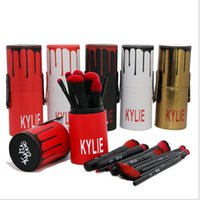 Wholesale plastic buckets - Kylie Jenner cosmetics 12 Makeup Brushes Sets Highlighter Foudation Make Up Brush Tools With Bucket Packing