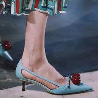 zapatos de boda de cerezo al por mayor-2017 Kitten Heels Ladies Pumps Dress Wedding Shoes Marca de moda Cherry Apretó el dedo del pie en Slip on Solid Zapatos individuales Primavera Fall Pumps