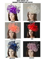 Big Sinamay Hat Feather fascinator pour Melbourne Cup, Ascot Races, kentucky derby wedding.