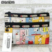 Wholesale Dogs Cosmetic - Wholesale Famouse Snoopy Dogs Mickey Mouse Toiletry Bag Cosmetic Bag Handbags Women Fashion Zipper Bags 20*15.5*6CM