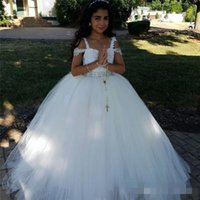 Wholesale Children Design Dresses - Fashion Design Lovely Girls Pageant Dresses 2017 Off the Shoulder Vintage Lace with Beads Pricess Child Birthday Party Ball Gowns Custom