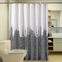 tour salle de bain achat en gros de-Rideau de douche moderne lettres tour produit de salle de bains imperméable rideaux blanc rideau de bain en tissu de polyester avec 12 crochets