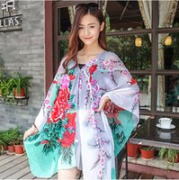 Wholesale Novely Wrap Sunscreen Shawls Beach Towel Cycling Printing Light and Soft Shawl Retro National Wind Scarf Multi purpose Shawl Party Scarves