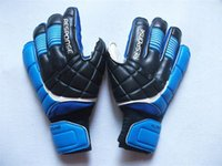 Wholesale soccer mittens - 2017 New Men Soccer Goalkeeper Gloves Adults Gloves Fast Shipping