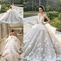 organza peplum kleid groihandel-Erstaunliche 3D Floral Peplum Rüschen Brautkleider 2017 Tiefer Hals Arabisch Dubai Spitze Organza Brautkleider Nach Maß Hochzeit Vestidos