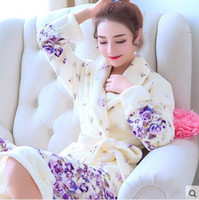Wholesale Ladies Long Bath Robe - Wholesale- Ladies and Men Long Bathrobe Women flower Flannel Kimono Bath Robe Bridal Wedding Bridesmaid Robes Dressing Gown Peignoir Badjas