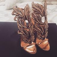 asas de noiva venda por atacado-Sexy Bling Cristal Perfurado Ângulo Asas de Salto Alto Sandálias De Couro Brilhante Nupcial Banhado A Ouro Alado Gladiador Sapatos de Casamento Sandália