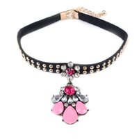 Fashion Girls Black Velvet Choker Collier avec Colorful Flower Pendentif Collier Collier Gothic Girl's Jewelry commerce de gros