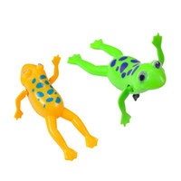 Natation Frog Clockwork Pool Bath Cute Toy Wind-Up Swim Frogs Kids Toy Clockwork Wind Up Jouets pour enfants Vente en gros de bébé