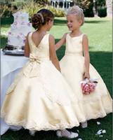 Wholesale Top Beautiful Wedding Dresses - 2017 Custom Sizes New Beautiful Flower Girl Dress Top quality Wholesale Price Floor Length Flower Girl Dresses Christmas Pageant Dress