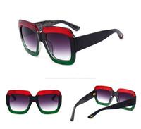 ingrosso occhiali da sole a strisce-Occhiali da sole quadrati grandi di alta qualità Occhiali da sole a righe 0083 Donne Designer di occhiali da sole colorati di lusso per donna con scatola e astuccio originali