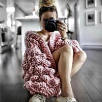 kostenloser strickmantel großhandel-free shippibg Sweaters 2019 Winter Frauen Lose Dicke Wollpullover Fledermausärmel Strickjacke Jacke Mäntel