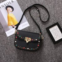 New Arrival Classic Diamond Rivets Small Square Ladies Shoulder Bag Moda Tendência Color Packet Shoulder Strap
