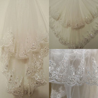 Wholesale Net Metering - Stock Short Wedding Veil with Comb 1.5 Meters Bridal Veil with Sequin Lace Appliques Cheap Bridal Accessories