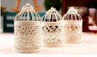 linternas de velas al por mayor-Candelabros Hollow Lace Metal Modern Candelabro Decoración Creativa Loating Candelabros colgantes Diseño Linterna Tea Light