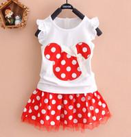 mavi elbise beyaz noktalar toptan satış-Küçük Kızlar Yaz Nokta Elbiseler Bebek Yay Üstleri Etekler 1-5Years Için 2 ADET Giyim Setleri Beyaz Ruffles Kolsuz Gömlek Kırmızı Dantel Etekler Suits