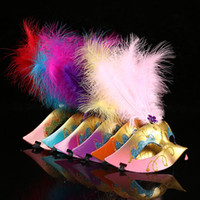 Wholesale Child Feather Costumes - Party Mask With Gold Glitter Mask Venetian Unisex Sparkle Masquerade Venetian Sexy Mask With Feather Mardi Gras Costume 17082101