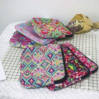 Wholesale Neoprene Bag Pad - Neoprene Lilly Floral Liner Package Rose Crown Neoprene Pad Protecter Bag Rose Women Accessories Travel Bag DOM106691