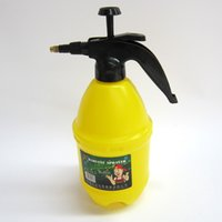 Plastic sprinkler tools - Pressure watering pot gardening watering high pressure small water bottle sprinkler Water Bottle Tools pneumatic watering household sprayer
