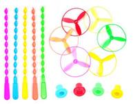 ufo disk toptan satış-Yeni 5 Adet / grup Spin Mix Renk Işık Açık Oyuncak Uçan daire Disk Frizbi Kategori UFO Plastik Çocuk Oyuncakları Bebek Hediye Toptan Açık Oyunları