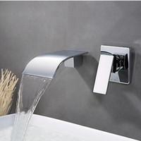 duvara monte su musluğu toptan satış-Promosyon Seramik Krom Pirinç Banyo Küvet Bataryası Tek HandleTub Bacalı Duvara Monte Şelale Akış Sıcak ve Soğuk Su Ile